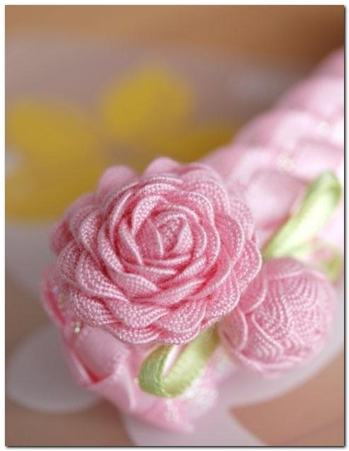 Скрапбукинг - Как сделать цветок из ric rac ленты