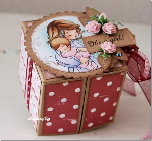 Скрапбукинг - коробочка для подарка
